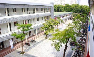 đại học hòa bình